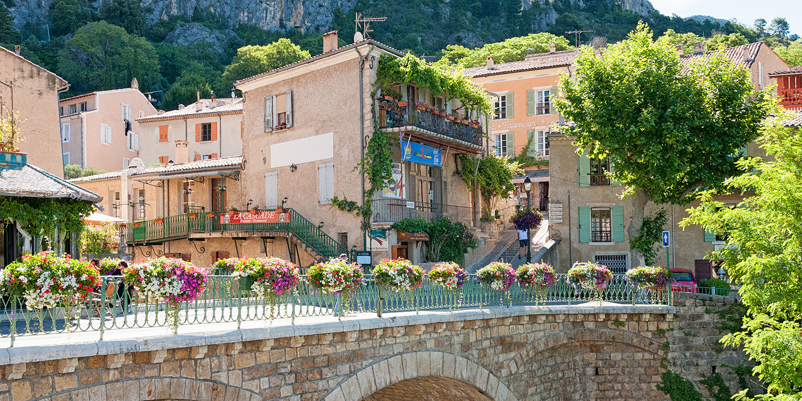 The kiechle family the area moustiers sainte marie - Office de tourisme de moustiers sainte marie ...